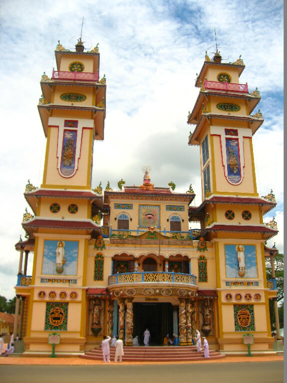 Backpacken Vietnam Thay Ninh Cao Dai tempel