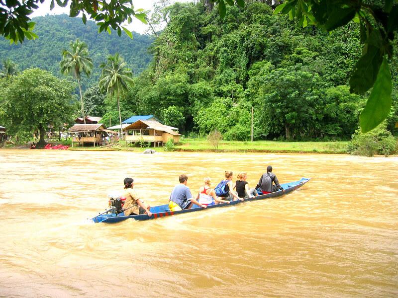 Budget Laos boot