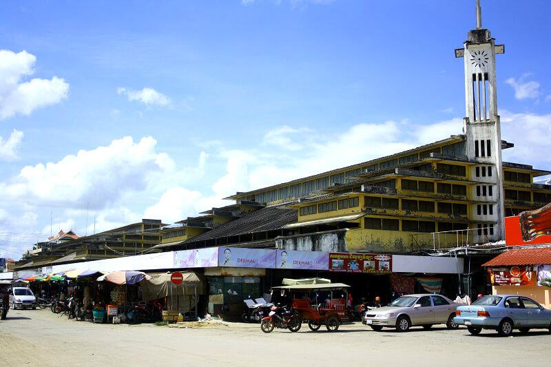 Reistips backpacken Battambang centrale markt