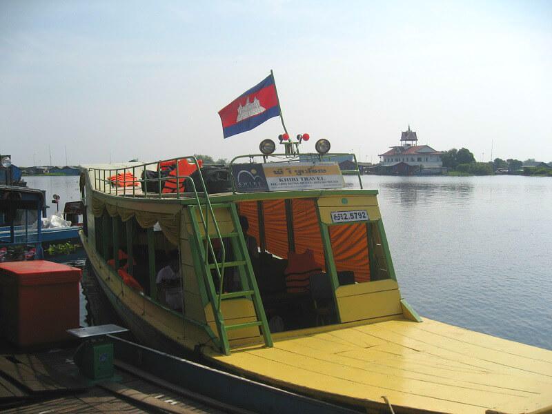 Backpacken Siem Reap boot van Battambang