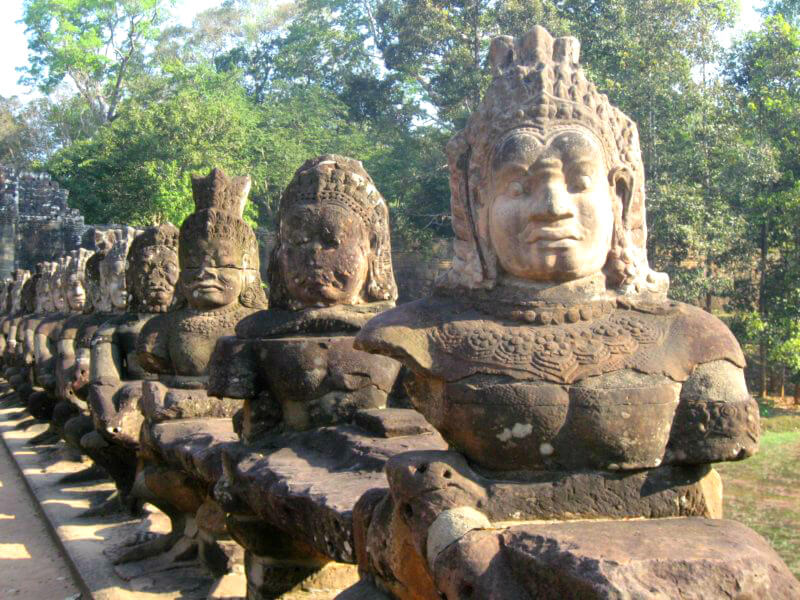 Wachters zuidpoort Angkor Thom