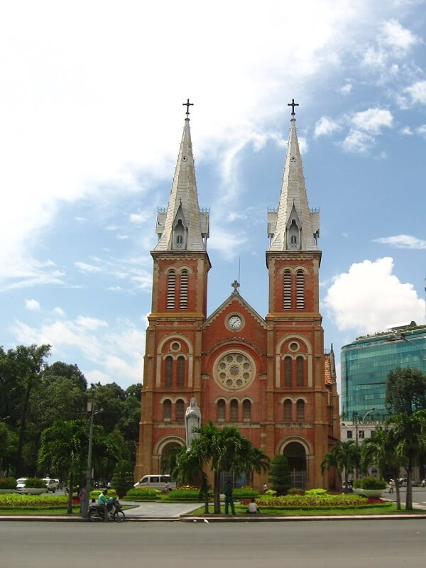 Backpacken Ho Chi Minh stad notre dame