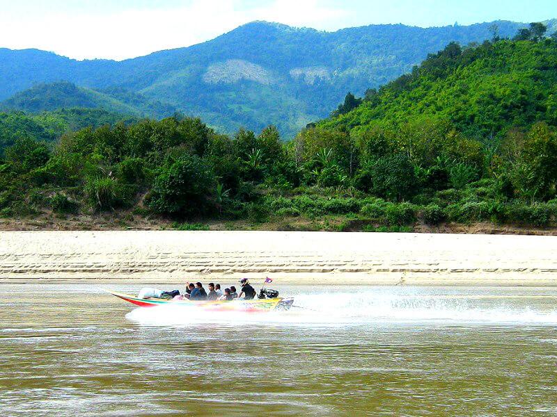 Vervoer in Laos fast boat