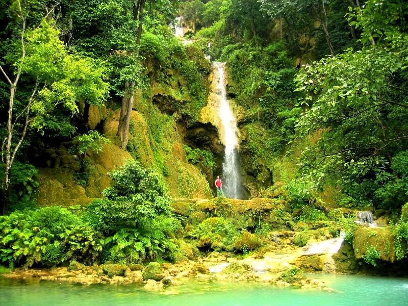 Backpacken in Laos Kuang Xi watervallen