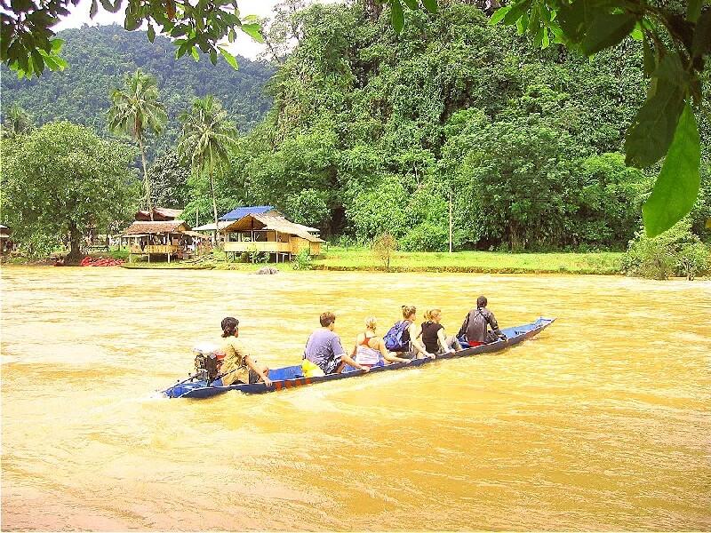 Vang Vieng Nam Song rivier