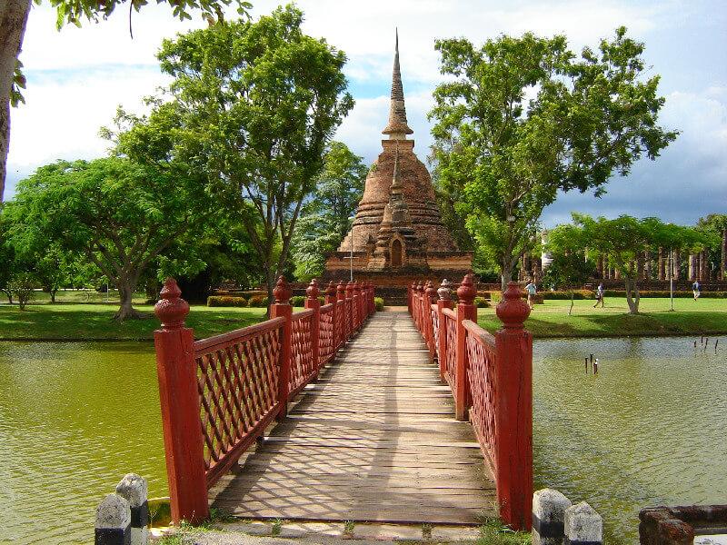 Backpacken reistips Sukhothai brug