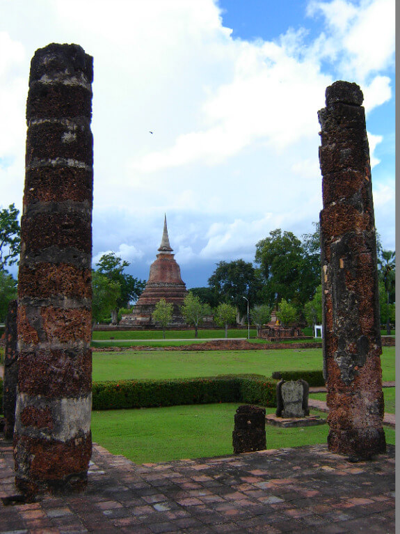Backpacken reistips Sukhothai pilaren