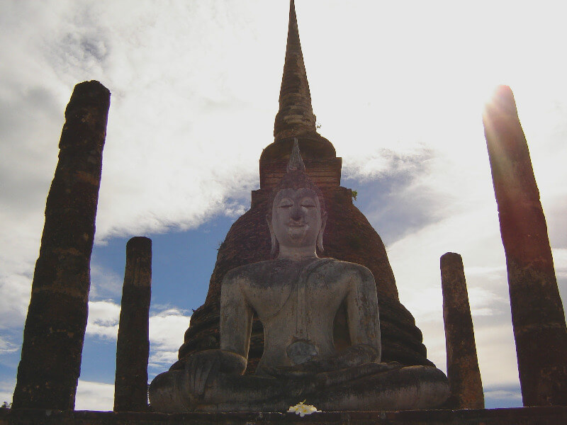 Backpacken reistips Sukhothai boeddha beeld