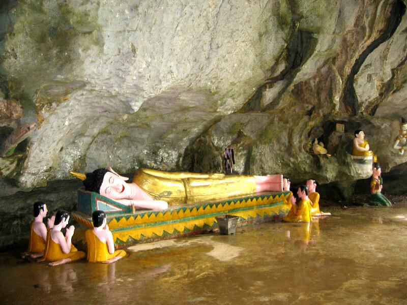 Vang Vieng grot