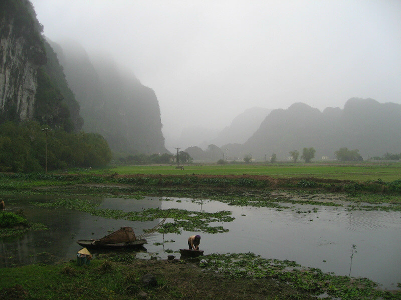 Reistips backpacken Ninh Binh idyllisch landschap