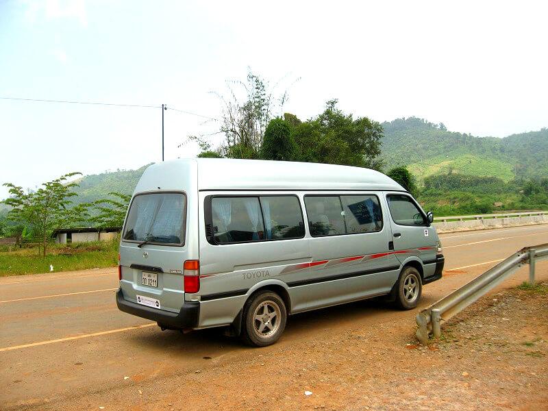 Vervoer in Laos mini-van