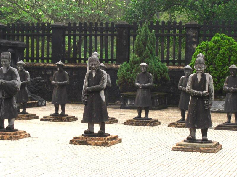 Wachters graftombe Khai Dinh