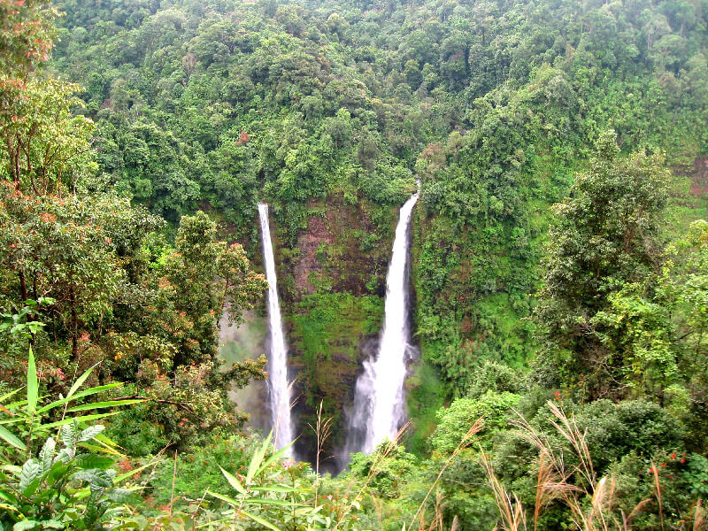 Reistips backpacken Bolaven plateau Tad Fane waterval