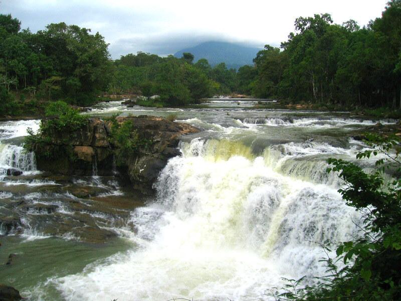 Reistips backpacken Bolaven plateau Tadlo waterval