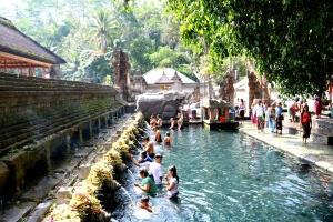 Tirta Empul tempel in Tampaksiring Bali