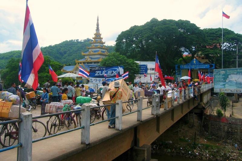 Grensovergangen in Myanmar