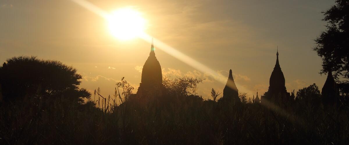 Myanmar reisbrochures
