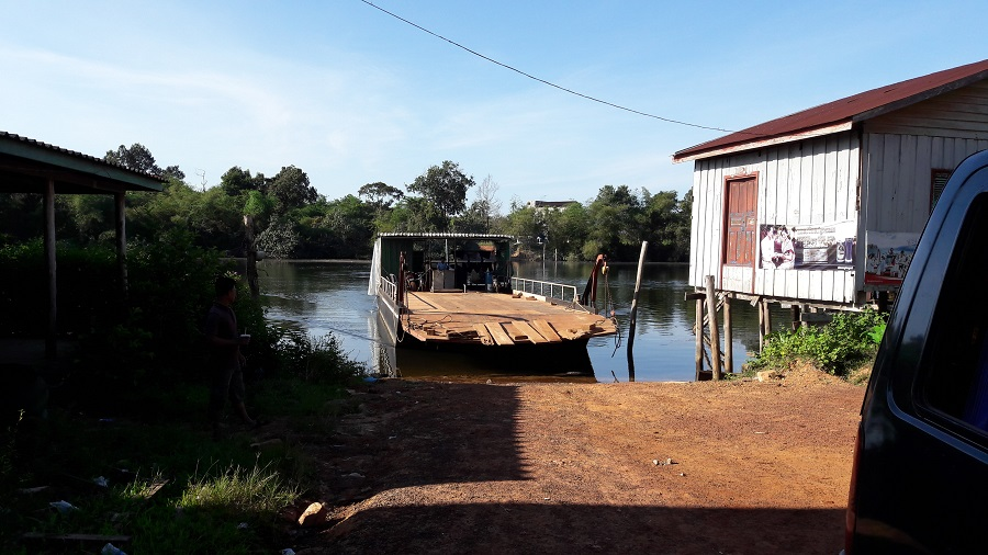 Chi Phat ferry