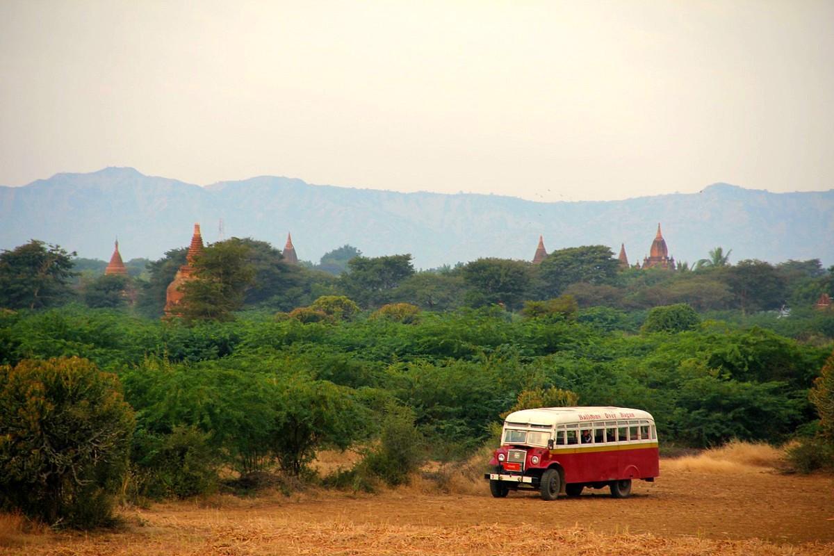 Online bustickets voor Myanmar boeken