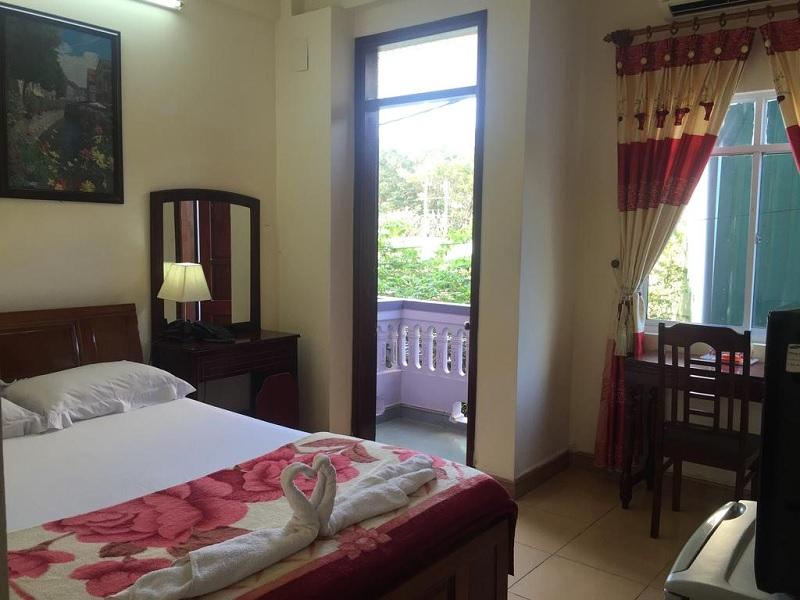 Budget hotel tip Hue